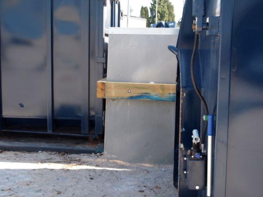 L-elementer - Genbrugsstation - Båsesystem - Støttevægge
