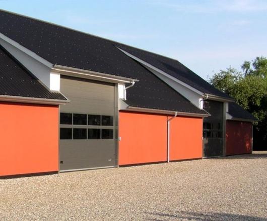 Rødmalet Beton Elementer